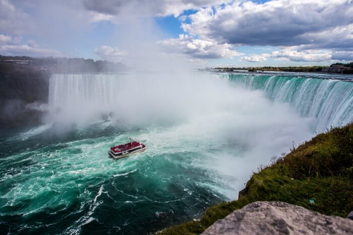 Move to Niagara Falls, NY and they'll pay off your student loans.
