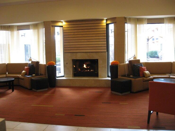 marriott courtyard pittsburgh airport lobby