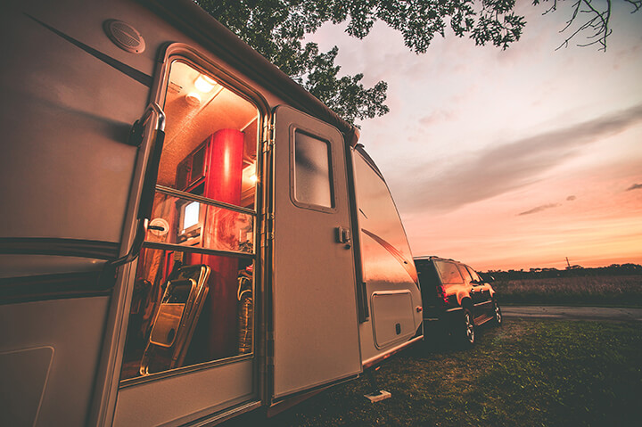 I never thought about this before! Rent vs buy an RV---which one is truly cheaper for a cross-country road trip?