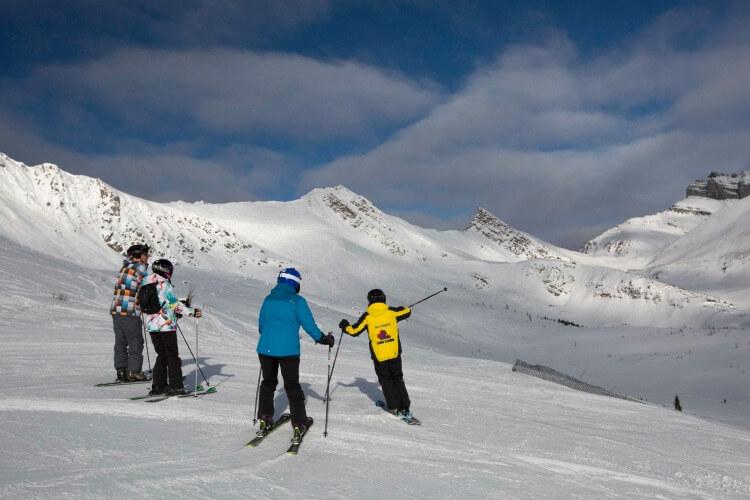 Ski lessons Lake Louise